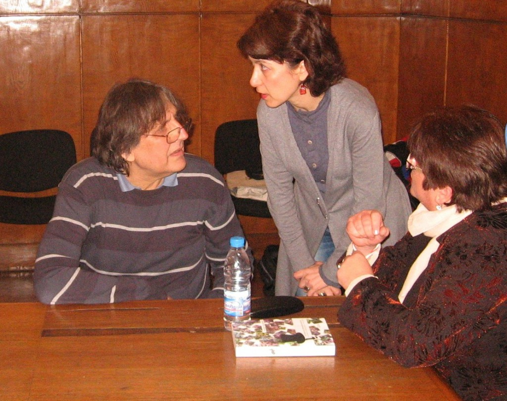 Prof. Trendafilov (left) presents his book at Sofia University.